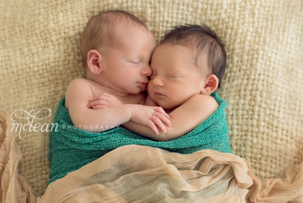 Twin Newborn Photographer, Winter Garden